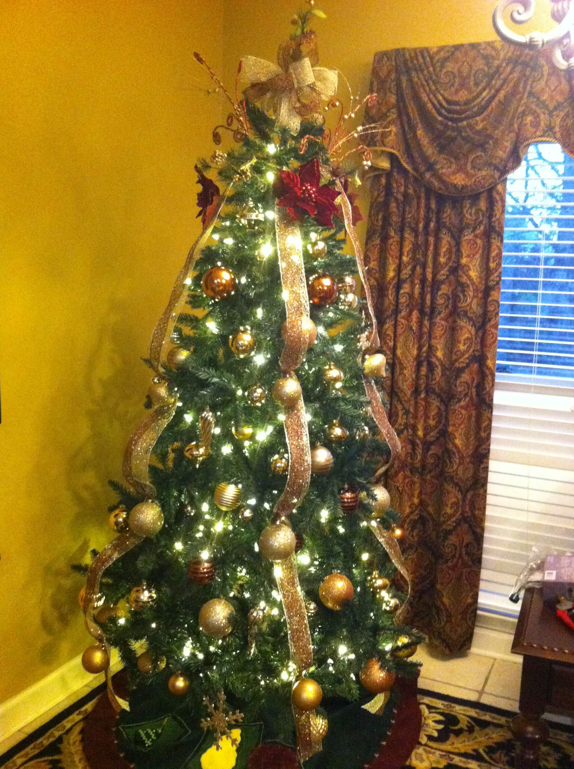 My Mother's Christmas Tree Gold & Burgundy