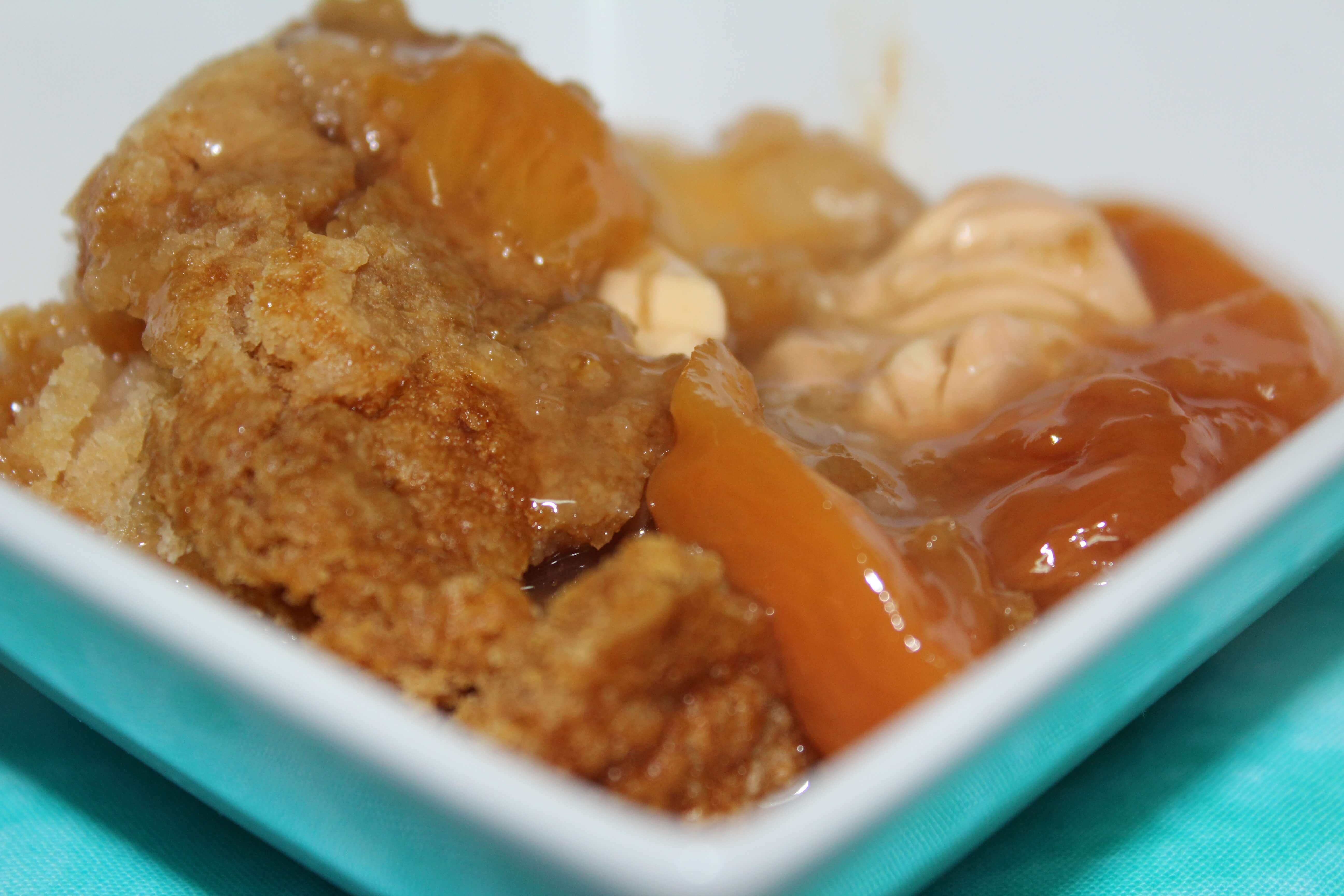 Peaches & Cream Cobbler! Get in my belly now!